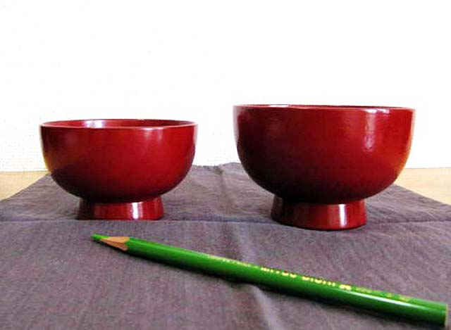 japanese lacquered soup bowl set red