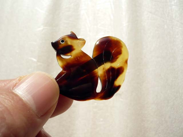 japanese tortoise shell brooch