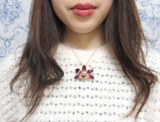 fresh flower pendant purple