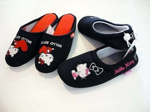 Hello Kitty Slippers & Room Shoes