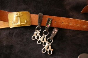 iron strap_rose