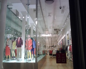 "Uniqlo store in NYC. ""joeywan"" some rights reserved. flickr"