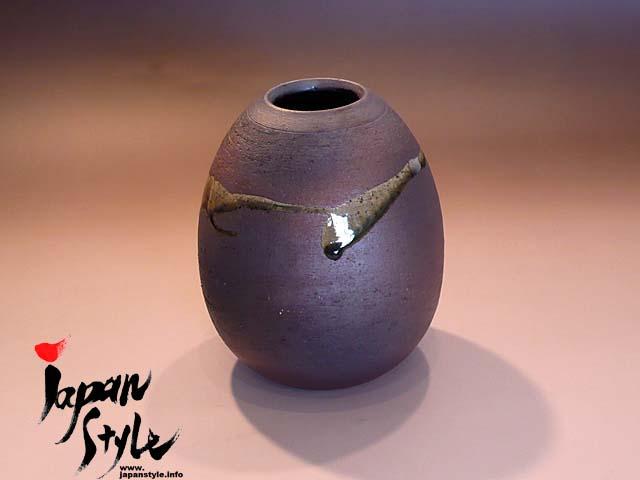 shigaraki ware vase