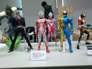 [Photoblog] Ultraman and Kamen Rider Figures
