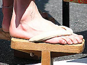 Geta --- Japanese foot ware!