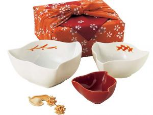 Japanese China Bowls and Furoshiki set