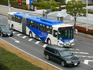 Caterpillar-like Bus in Japan