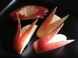 Easy Apple Cut Techniques for Entertainment and Bento