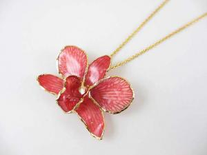 Cute! Glass Coating Fresh Flower Pendant Necklace Orchid