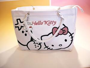 Kawaii! Japanese Sanrio Hello Kitty Tote Bag, Strawberry