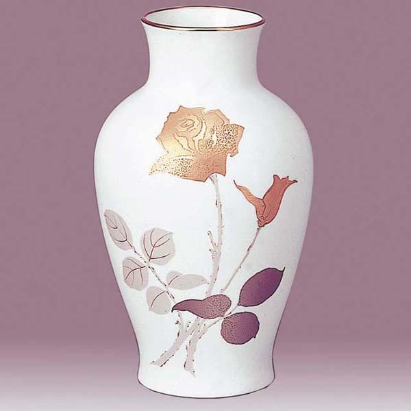 Japanese Gold Rose Design Okura China Beautiful Vase Japan Style